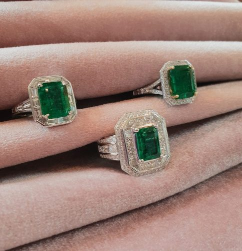 smaragd ring goud