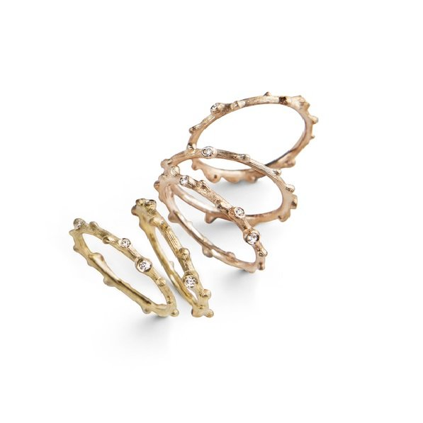 Ole Lynggaard Nature rings in 18kt gold with diamonds