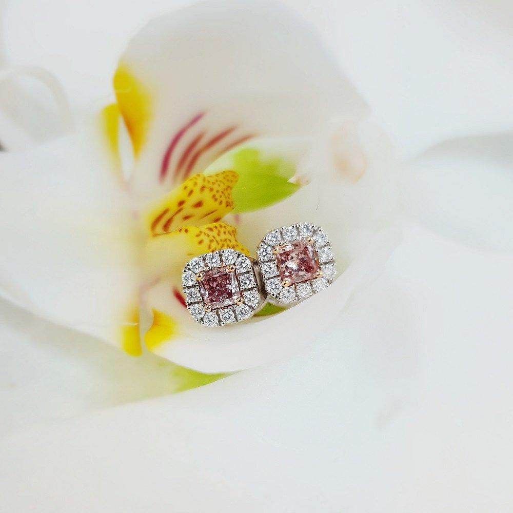 18kt white gold fancy pink diamond ear studs