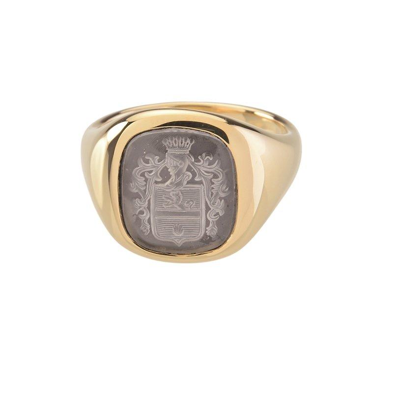 Bonebakker 18kt yellow gold crest ring cushion shaped engraved stone